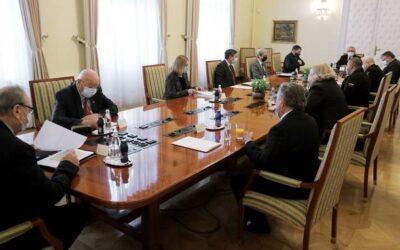 Predsednik Pahor je na vsakoletni pogovor sprejel predsednike veteranskih in domoljubnih organizacij